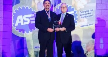 Scott Miller (left) and Bobby Bassett of Gates Corp.